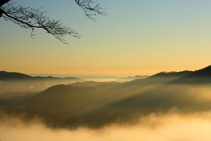山里の夜明け(茂木町)